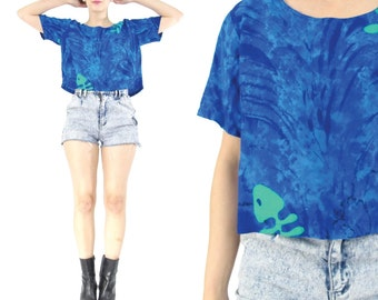 80s 90s Batik Tie Dye Crop Top Blue Short Sleeve Cropped Blouse Seapunk Tshirt Aqua Fish Bones Print Shirt Slouchy Summer Beach Top (S/M)