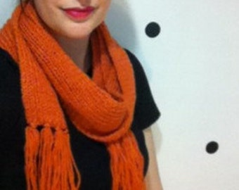 Skinny Ribbed Scarf with Fringe