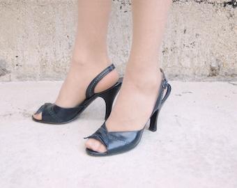 size 7 50s Navy Blue Sling Back Heels - Leather open Toed Heels - Herbert Levine
