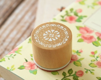 RS-04 WOOD Round STAMP lace doily pattern rubber stamp