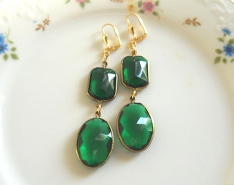 Emerald Chandelier Earrings, Green Crystal Drop Earrings, vintage style jewelry