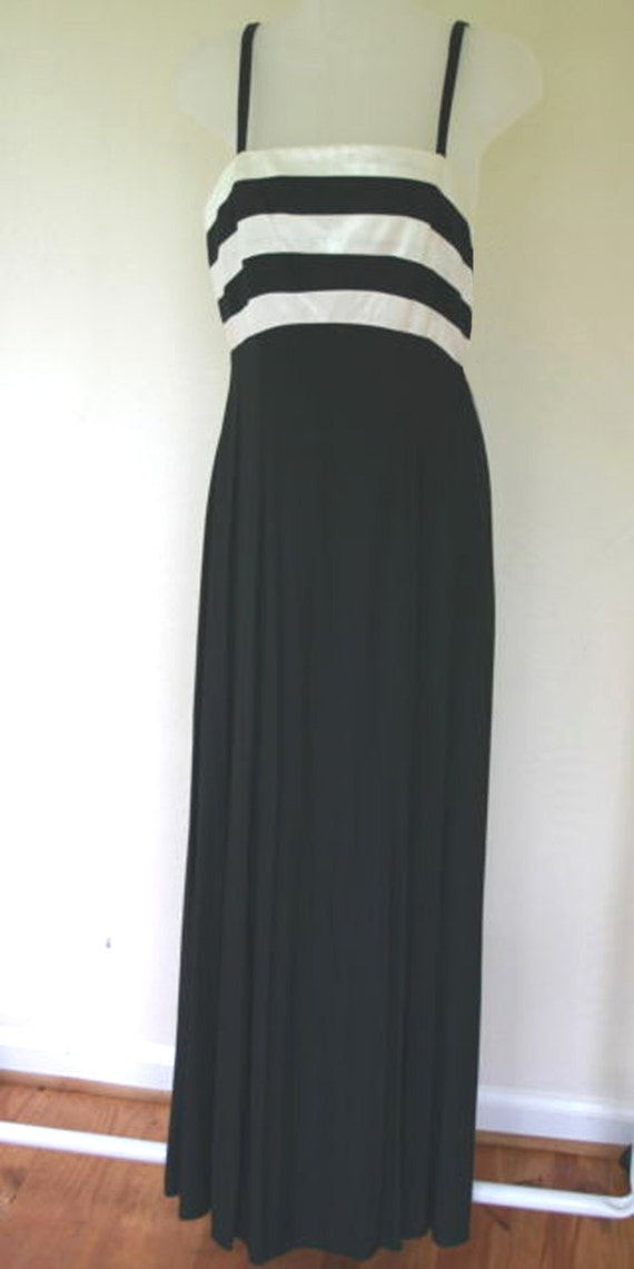 Find great deals on eBay for black and white striped long skirt. Shop with confidence.