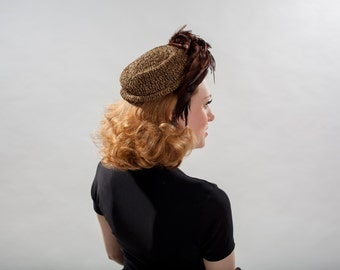 Vintage 1940s Crocheted Feather Hat - Chocolate Brown Gold - Film Noir Fashions