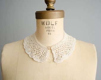 1950s Crochet Collar - 50s Lace Collar - Just Add Sugar Collar