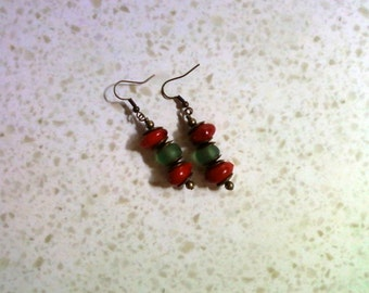 Red and Green Ethnic Earrings (1619)