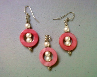 Pearl and Pink Shell Pendant and Earrings (0283)