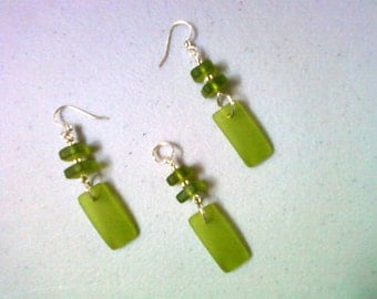 Green Sea Glass Pendant and Earrings (0496)