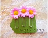 PINK DAISY Paper Clips .... Textured, Fabric Petals,  Pocket Letters
