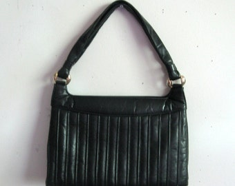 Vintage Black  Leather Handbag Paragon Black Purse-Made in Canada