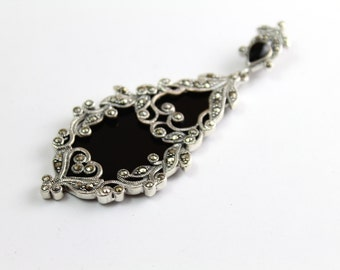 Black Onyx and Marcasite Pendant in Sterling Silver 925 (with complimentary chain)
