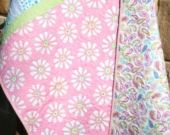 Baby Girl Quilt, Daisy Flowers, Pink Purple Blue Green, Paisley, Bandana Me and My Sister, Crib Bedding, Nursery Decor, Pretty Girl