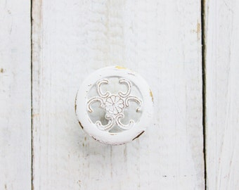 6 Shabby White Knobs Kitchen Cabinet Pulls ,  Painted Knobs ,Filigree Style , Furniture Dresser ,Bathroom Drawer , Fall Home, French Cottage