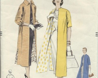 "Vintage 1955 Vogue Sewing Pattern 8549 Coat ""Very Easy to Make"" Size 16 / 34 Bust"