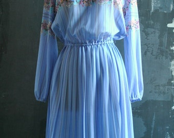 70s Lilac Floral Sheer Dress - with Key Hole Tie
