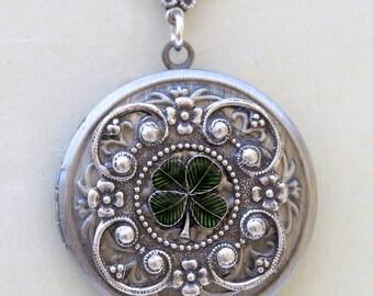 Four Leaf Clover Locket,Jewelry Gift,Claddagh, Antique Locket,Silver Locket, Irish,Lucky, Shamrock,Wedding,Bridal Jewelry,Bridesmaid