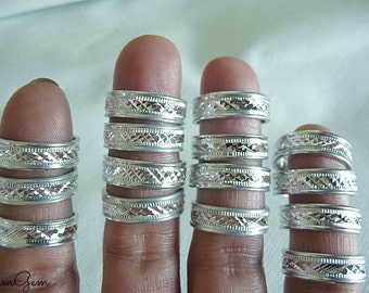 Wide silver ring, size 6.5, silver ring, pattern ring, wide ring band, ring band, wide, silver, silver tone, aluminum rings, wide ring,