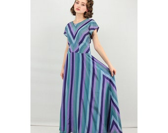 1940s dress / 40s dress / Vintage chevron striped gown / Maxi dress  S M