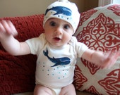 Save the Whales Baby Organic Cotton Whales Bodysuit and Matching Hat Set Perfect baby shower gift sex unknown, Sea theme baby clothes