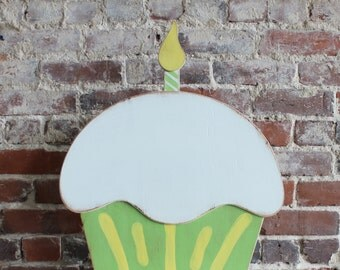 "18"" Wooden Cupcake Birthday Decor, Distressed - many colors available"