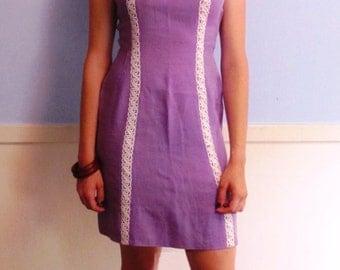 Lovely Lavendar Linen Vintage Dress (s/m)