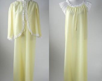 Vintage Nightgown, Yellow Vintage Nightgown, Yellow Peignoir, 1960s Nightgown, 1960 Yellow Nightgown, Vintage Cotton Robe, 1960 Vintage Robe