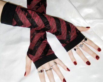 Chevron Arm Warmers red Fingerless gloves Armwarmers - Doom - black Steampunk gothic grunge alternative belly dance burlesque apocalypse