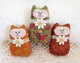 "CAT Ornaments, Set of  3 Kitty Ornaments, 3"" Autumn Fall Cats  Bowl Fillers Primitive Favors Decorations CharlotteStyle Home Decor"