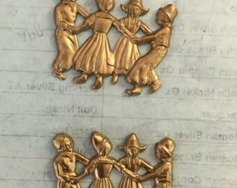 Vintage Dutch Dancers (1 pc)