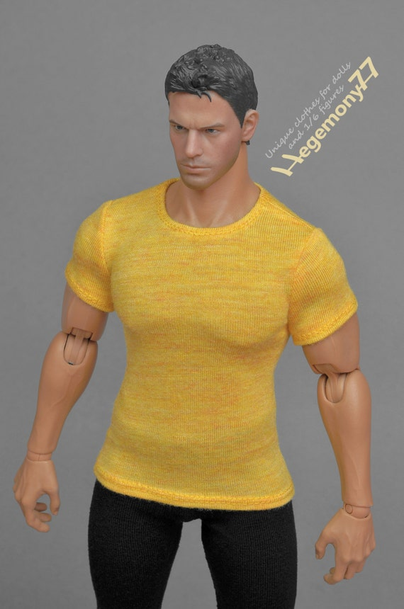1/6th scale XXL yellow T-shirt for: Hot Toys TTM 20 size bigger action figures and male fashion dolls