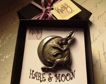 Moon gazing hare brooch Cold cast Pewter Gift boxed Pagan symbol Hand fasting Animal brooch Fertility New Beginnings Good fortune Re Birth