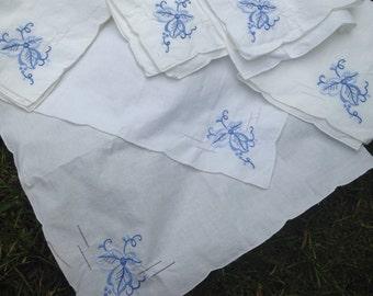 Vintage Set of 6 Hand Embroidered Napkins