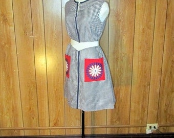On Sale-Darling 1940's/50's CHECKERED Retro FLOWER Day Dress