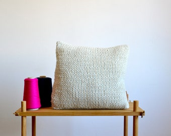 hand knitted pillow cover made of lambswool, woven reverse in gray