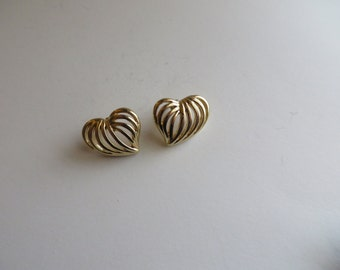 Vintage Gold Tone Heart Shape Earrings