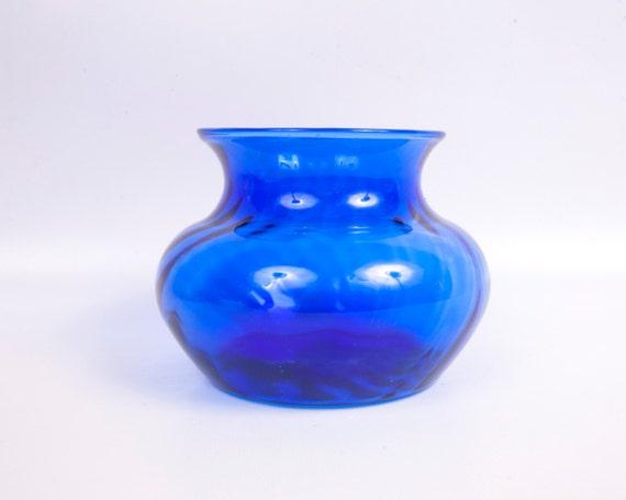 Vintage cobalt blue vase swirl flower bulbous glass