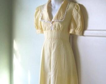 1940s 1950s Vintage Yellow Gingham Dress - Rare, Handmade Farmer's Daughter 1940s Cotton Dress - Medium Checked Yellow Country Girl Dress
