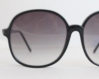 Vintage 80's Oversized black Sunglass Frames