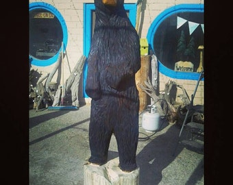 Big Bear carving - life-sized chainsaw carved bear