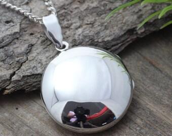 STERLING SILVER Large Locket - Heirloom Locket, Round Locket Necklace - Photo Locket . Locket Jewelry- R-4