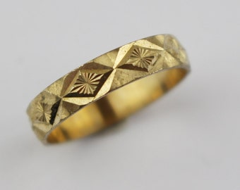 Vintage Brass Costume Ring Ladies Ring with Etched Star Geometric Cut Surface Design US Size 6.75  UK size N