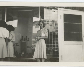 Window Shopping for Shoes, c1940s Vintage Snapshot Photo (57385)
