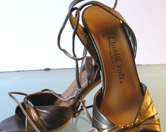 Vintage Made in Italy QualiCraft  Ankle Strap Shoes Size 5 US