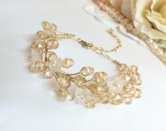 Bridal bracelet, wedding bracelet, bridal jewelry bracelet, bangle bracelet, bracelet for wedding, wedding jewelry bracelet, bracelet