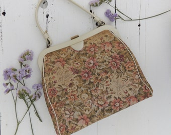 SALE/Floral Tapestry Handbag/1950's/60's Handbag/Canvas Leather Purse/Tapestry Purse/Ivory Leather Bag/Grunge/Boho Chic/Shabby Chic/Romantic