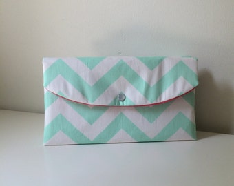 Mint chevron clutch-chevron Clutch in Navy And Coral