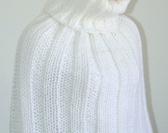 White lounger cowl/ Knit Sweater Cowl/ White Cowl/ Knitted White Sweater Cowl/ Winter Fashion Cowl/ Trending item/ Gift idea