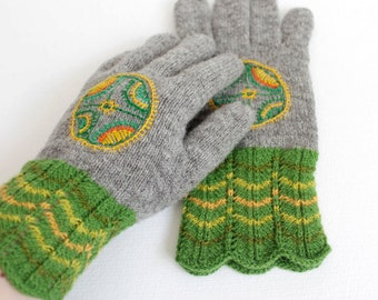 Hand knitted grey green gloves, Rustic wool gloves, Green ethnic gloves, Knitted rustic gloves, Wool embroidered gloves, Knitted wool gloves