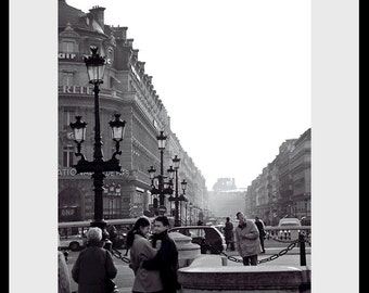 Paris Street Moment Fine Art Photograph, Gallery Wall Art, Room Decor, Paris Image, Gift, Love Print, France Image, Paris Street Photo