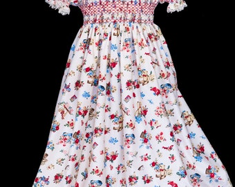 Hand-smocked cotton dress, age 5 to 7, vintage print of teddy bears, toys and bouquets of roses