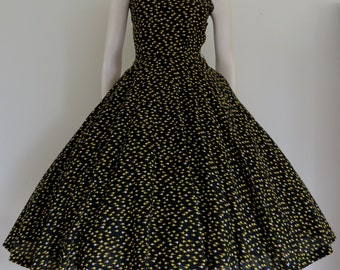 Delicious 50's Black Yellow Floral Cotton Party Dress / Full Skirt / Small Medium / Summer